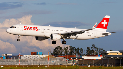 A picture of HBIOO - Airbus A321212 - Swiss - © Carlos Miguel Seabra