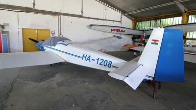 HA-1208 - Scheibe SF.25C Falke - Private