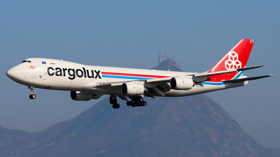 A picture of LXVCN - Boeing 7478R7(F) - Cargolux - © Chow Kin Hei - AHKGAP