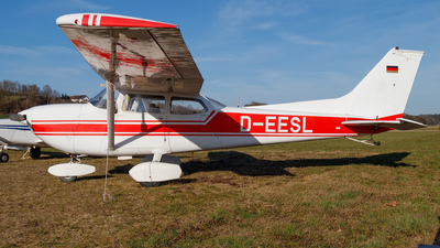D-EESL - Reims-Cessna FR172J Reims Rocket - Private