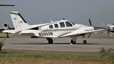 N3093W - Beechcraft 58 Baron - Private