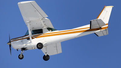 N68736 - Cessna 152 II - Private