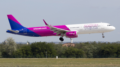 HA-LXT - Airbus A321-231 - Wizz Air
