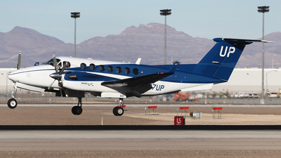 N837UP - Beechcraft B300 King Air 350i - Wheels Up