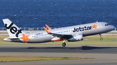 JA08JJ - Airbus A320-232 - Jetstar Japan Airlines