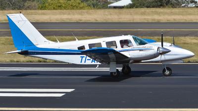 TI-API - Piper PA-34-200T Seneca II - CarmonAir