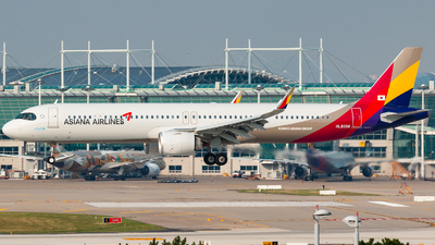 HL8398 - Airbus A321-251NX - Asiana Airlines