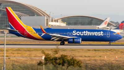 A picture of N8316H - Boeing 7378H4 - Southwest Airlines - © Luis Bastardo