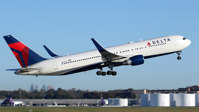 A picture of N197DN - Boeing 767332(ER) - Delta Air Lines - © Kevin Porter