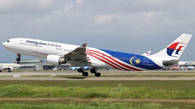 9M-MTI - Airbus A330-323 - Malaysia Airlines