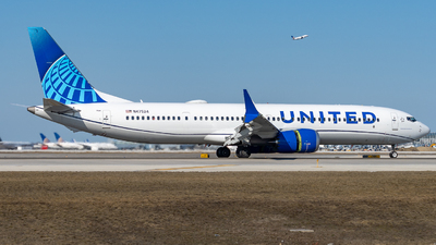 A picture of N47524 - Boeing 737 MAX 9 - United Airlines - © Haocheng Fang