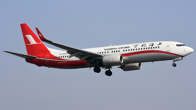 B-206W - Boeing 737-89P - Shanghai Airlines