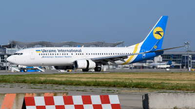 A picture of URPSO - Boeing 7378Q8 - Ukraine International Airlines - © Yura Tanchyn