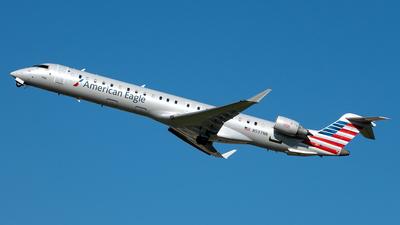 A picture of N597NN - Mitsubishi CRJ900LR - American Airlines - © Yan777