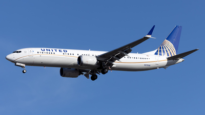 A picture of N37506 - Boeing 737 MAX 9 - United Airlines - © Cary Liao