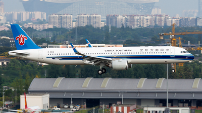 B-324Q - Airbus A321-253NX - China Southern Airlines