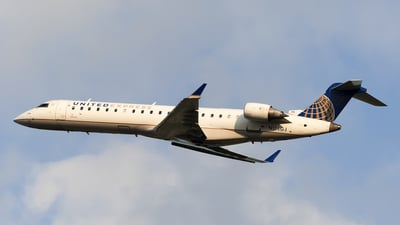 N156GJ - Bombardier CRJ-701 - United Express (GoJet Airlines)