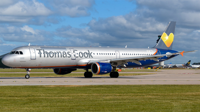 LY-VED - Airbus A321-211 - Thomas Cook Airlines (Avion Express)