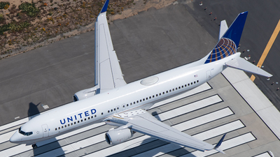 N37263 - Boeing 737-824 - United Airlines