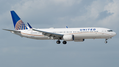 N37516 - Boeing 737-9 MAX - United Airlines
