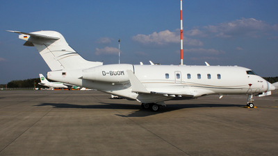 D-BOOM - Bombardier BD-100-1A10 Challenger 300 - Private