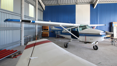 HA-BDZ - Cessna 182P Skylane - Private