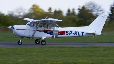 SP-KLT - Cessna 172 Skyhawk - Private