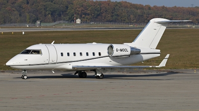 G-MOCL - Bombardier CL-600-2B16 Challenger 604 - Private