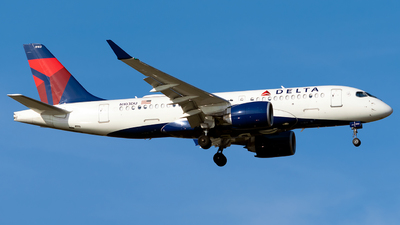 A picture of N103DU - Airbus A220100 - Delta Air Lines - © Steve Rinde