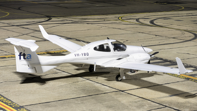 VH-YBQ - Diamond DA-42 Twin Star - Flight Training Adelaide