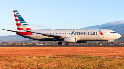 A picture of N934NN - Boeing 737823 - American Airlines - © Kenneth Mora Flores KMF777