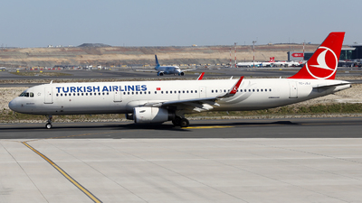 A picture of TCJSJ - Airbus A321231 - Turkish Airlines - © Firat Cimenli