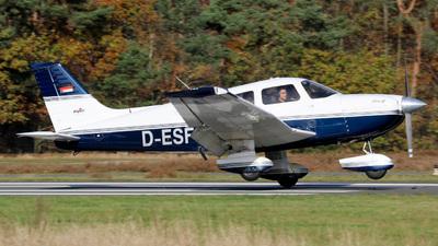 D-ESFO - Piper PA-28-181 Archer III - Private