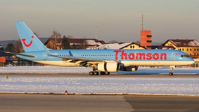 G-OOBA - Boeing 757-28A - Thomson Airways