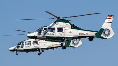 HU.30-01 - Eurocopter AS 365N3 Dauphin 2 - Spain - Guardia Civil