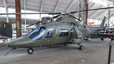 H08 - Agusta A109BA - Belgium - Army