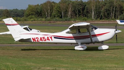 N2454Y - Cessna 182S Skylane - Private
