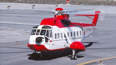 OY-HAH - Sikorsky S-61N - Greenlandair