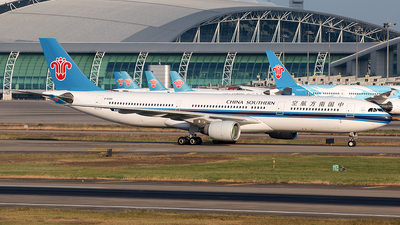 B-8358 - Airbus A330-323 - China Southern Airlines