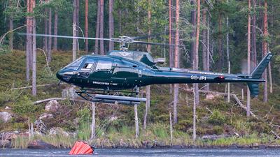 SE-JPI - Eurocopter AS 350B3 Ecureuil - HeliAir Sweden