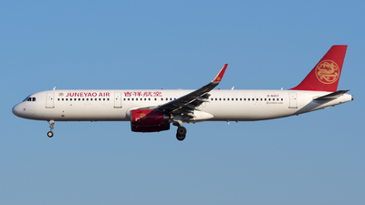 A picture of B8407 - Airbus A321231 - Juneyao Airlines - © sunshy0621
