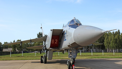RF-92385 - Mikoyan-Gurevich MiG-31BM Foxhound - Russia - Air Force