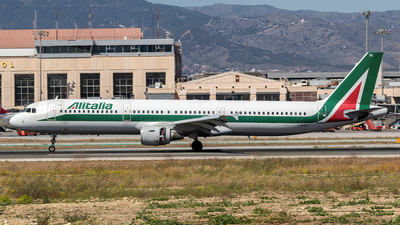 I-BIXS - Airbus A321-112 - Alitalia