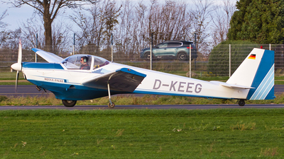 D-KEEG - Scheibe SF.25C Falke - Private