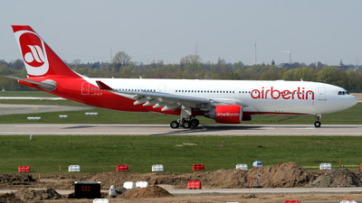 D-ALPI - Airbus A330-223 - Air Berlin