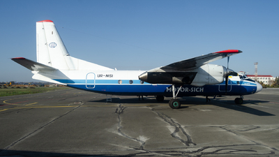 A picture of URMSI - Antonov An24RV - Motor Sich Airlines - © Simon De Rudder