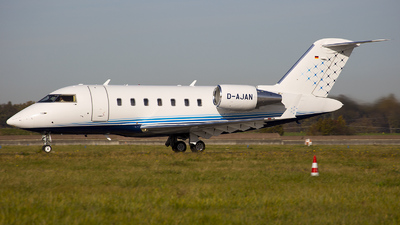 A picture of DAJAN - Bombardier Challenger 605 - DCAviation - © Bianca Renz