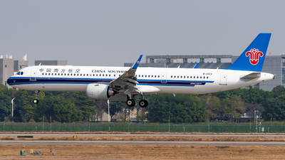 B-30EX - Airbus A321-253NX - China Southern Airlines