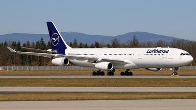 D-AIGU - Airbus A340-313X - Lufthansa