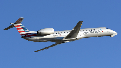 A picture of N932AE - Embraer ERJ145LR - American Airlines - © DJ Reed - OPShots Photo Team